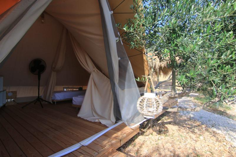 Bell Lux House Tent  4